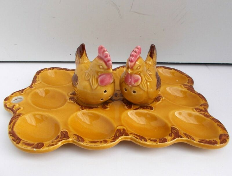 Vintage Deviled Egg Tray Plate with Chicken Hen Salt and Pepper Shakers Japan