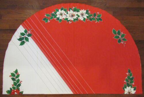 Vintage Christmas Poinsettia Holly Oval Tablecloth 82x62