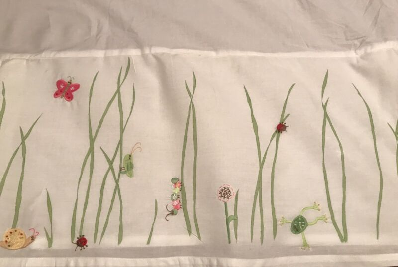 Pottery Barn Kids Girl's Spring Meadow Crib Bed Skirt 🦋🐌Bugs & Critters🐛🐢