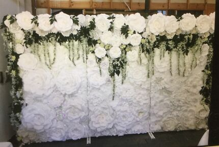 White wedding easel in adelaide region sa gumtree australia flower walls wedding parties special events junglespirit Choice Image