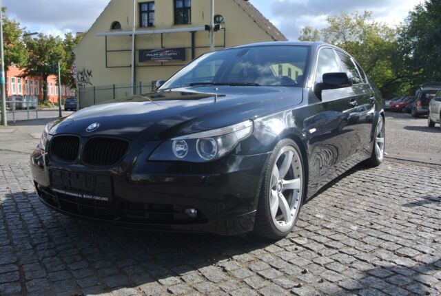 BMW 535 Mobile ID: 250614592