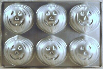 WILTON CAKE PAN Tray of 6 PUMPKINS HALLOWEEN 508-1040 KOREA 1983](Halloween Korea)