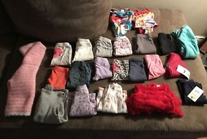 Girls 0-3 month clothing.$15
