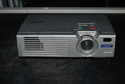 Epson EMP-720 3LCD Projector Beamer 1500 Lumens 1024 x 768 REMOTE