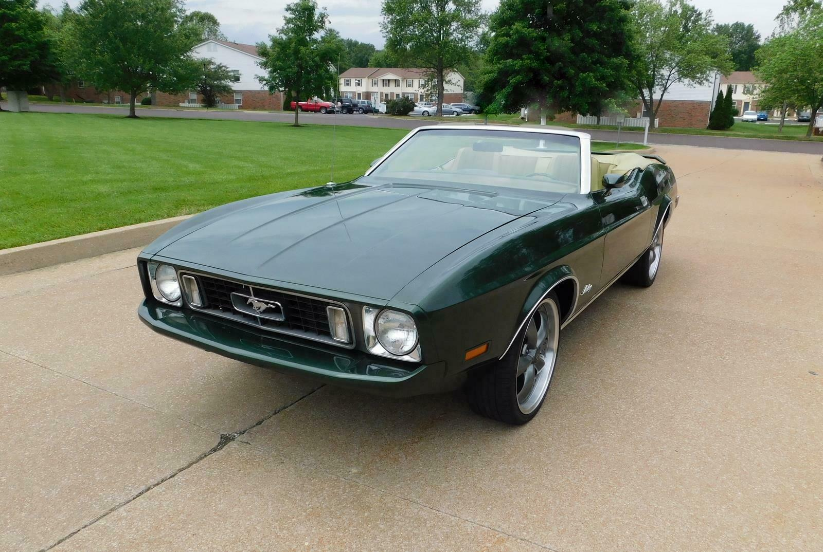 1973 Ford Mustang  61,851 Miles STUNNING COLOR COMBINATION ORIGINAL DRIVE TRAIN!