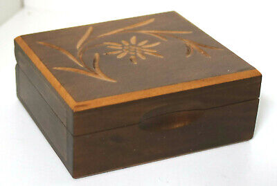 VINTAGE MID CENTURY SWISS CARVED WOODEN BOX ANTIQUE TRINKET JEWELLERY CHEST 7