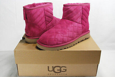 UGG ARDEN CLASSIC MINI QUILTED SHEARLING BOOTS, FUCHSIA,HOT PINK WOMEN'S 7,NIB](Hot Pink Ugg Boots)