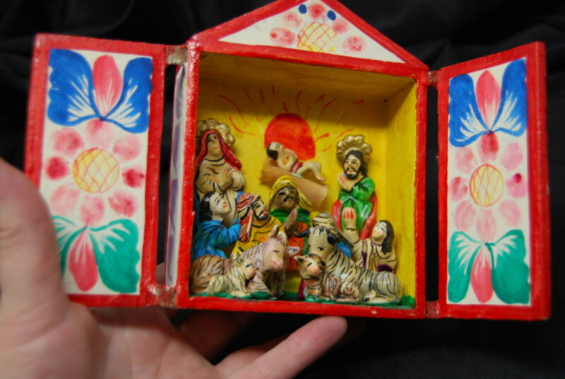 Vintage Christmas Nativity Folk Art Retablo Diorama Peru Shadow Box Miniature