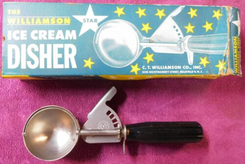Old Vintage Ice Cream Disher / Scoop with Box, The C.T. Williamson Co. VERY NICE