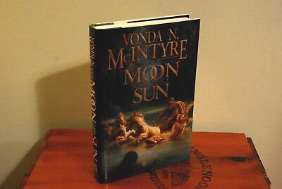 The Moon and the Sun by Vonda N. McIntyre (1997 Hardcover DJ 1st/1st, Like