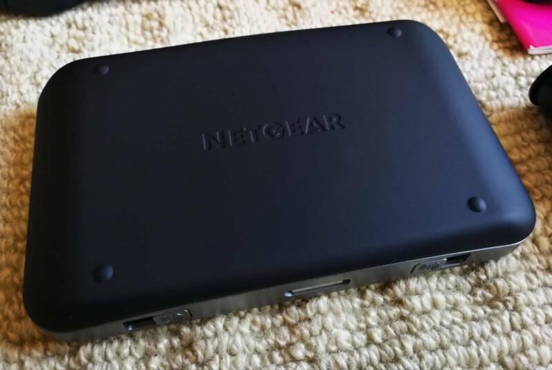 Unlocked Telstra Advanced III Netgear Aircard 810S WiFi FAST 4G M