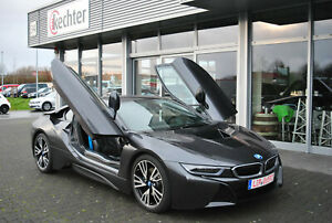 BMW i8 Coupe Pure Impulse