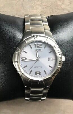 Very Nice Guess WaterPro Men's Watch G65079G Stainless Steel W/Rotating Bezel D5