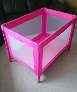 Red Kite Pink Travel Cot, Very good condition