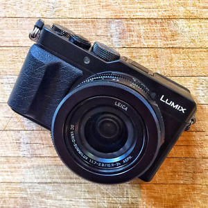 Near New - Panasonic LX100 Lumix - The Best Compact DSLR Perth Perth City Area Preview