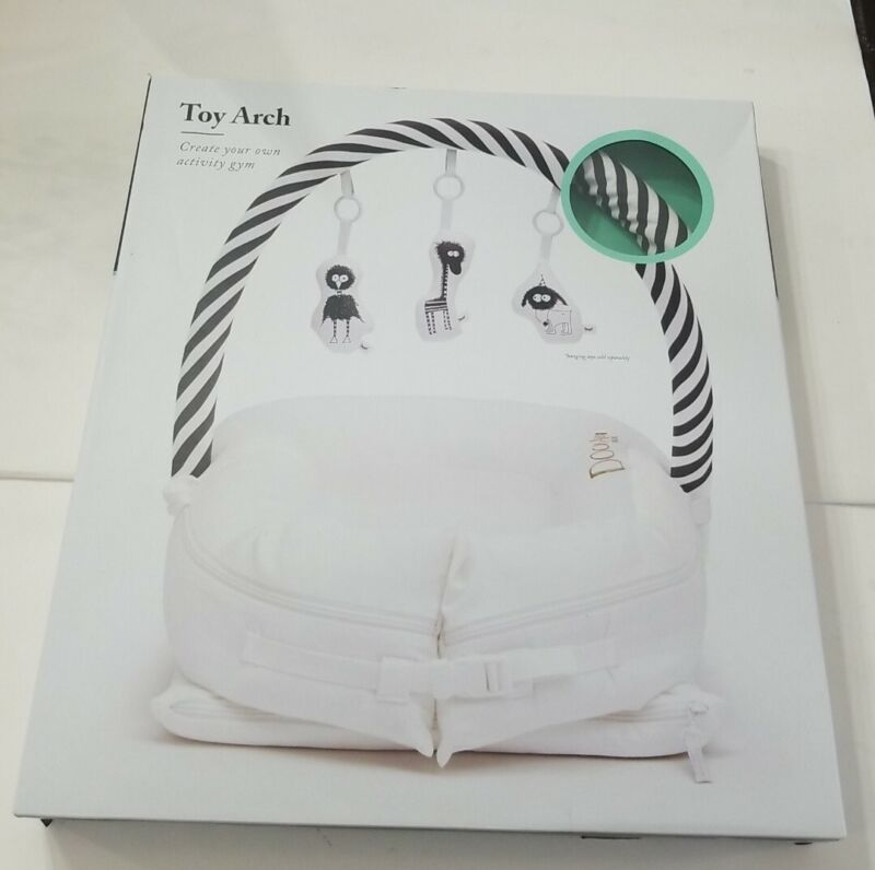 DockATot Toy Arch Black White Stripe 50102  New * Read Description*