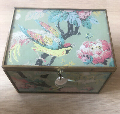 Small Glass ~ Vintage Style Trinker / Jewellery Box ~Birds & Flower Design