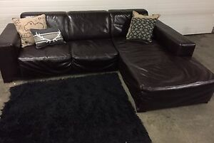 Free delivery sectional