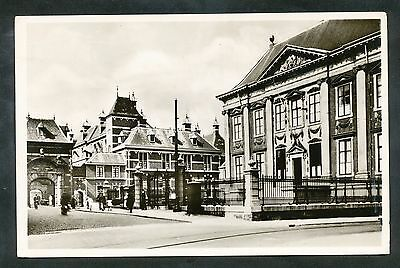 Den Haag  Mauritshuis met toegang tot het binnenhof