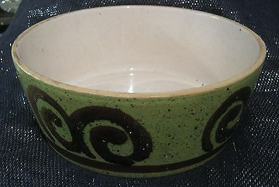 Wonderful vintage design style ceramic bowl approx 3¼ ins tall & 8ins wide