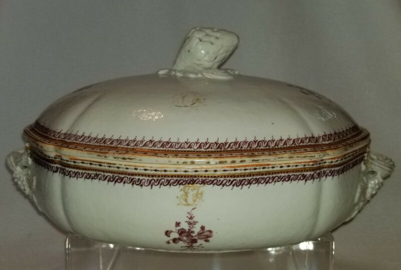18th Century Chinese Export Porcelain Covered Vegetable Dish Artichoke Finial