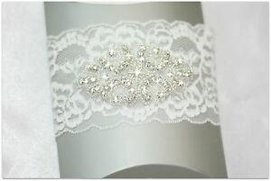 Gorgeous  Vintage IVORY  lace  WEDDING  garter for Bride  Rhinestone crystal