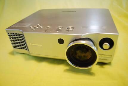 Hire projector - Brisbane - Holland Park - Mount Gravatt