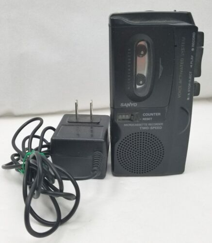 SANYO Micro Casette Recorder M-5699 Two Speed  AC Adaptor