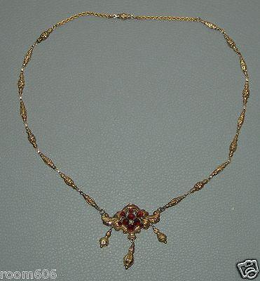 Biedermeier Collier - rote Steine und kleine Perle Schaumgold 45 cm