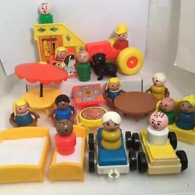 Lot Vtg Early Fisher Price Little People 13 Figures Many WOOD Furniture Vehicles