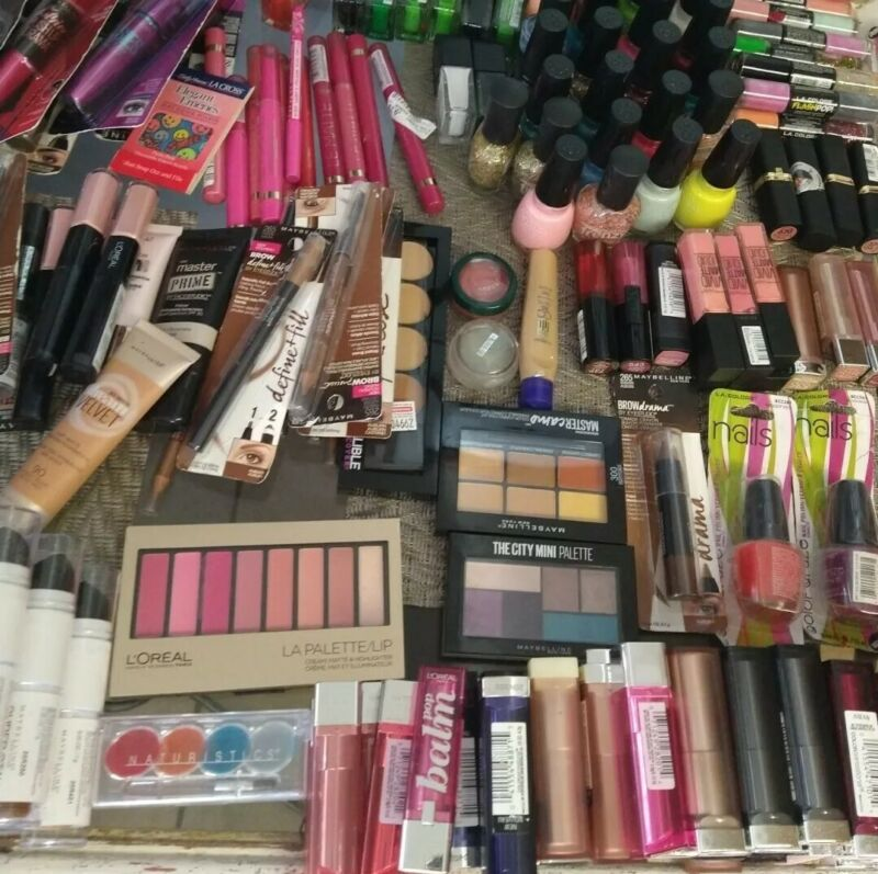 (30) Loreal Rimmel maybelline Covergirl Wet n Wild and more Brands Makeup Lot