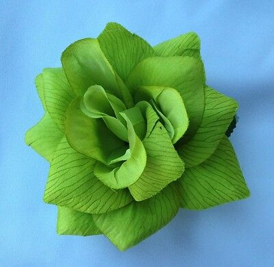 LIME GREEN FLOWER HAIR CLIP FOR MEXICAN FIESTA,5 DE MAYO,DAY OF THE DEAD,WEDDING - Fiesta Hair
