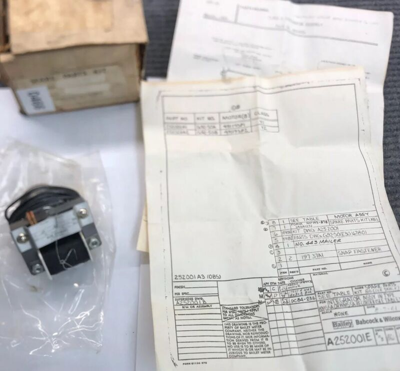 Telechron B13 Model 32243272 Synchronous Motor 1 rpm 120v NOS With manual & Box
