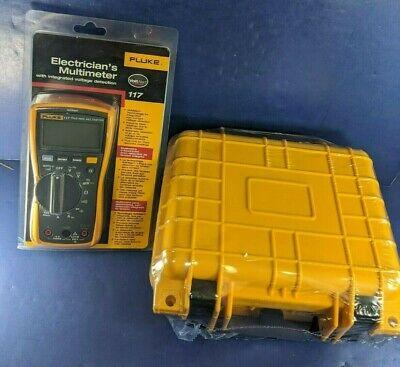 New Fluke 117 Electrical Multimeter Hard Case Package