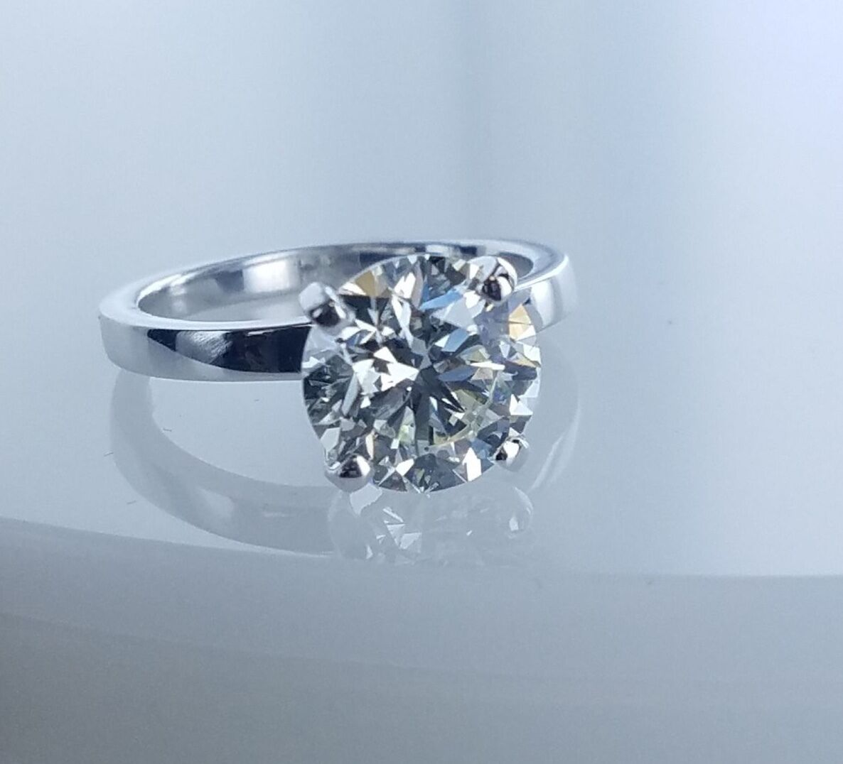 2.72 CT Solitaire Diamond Engagement Ring GIA Certified M-SI1 Ladies Round Cut  2