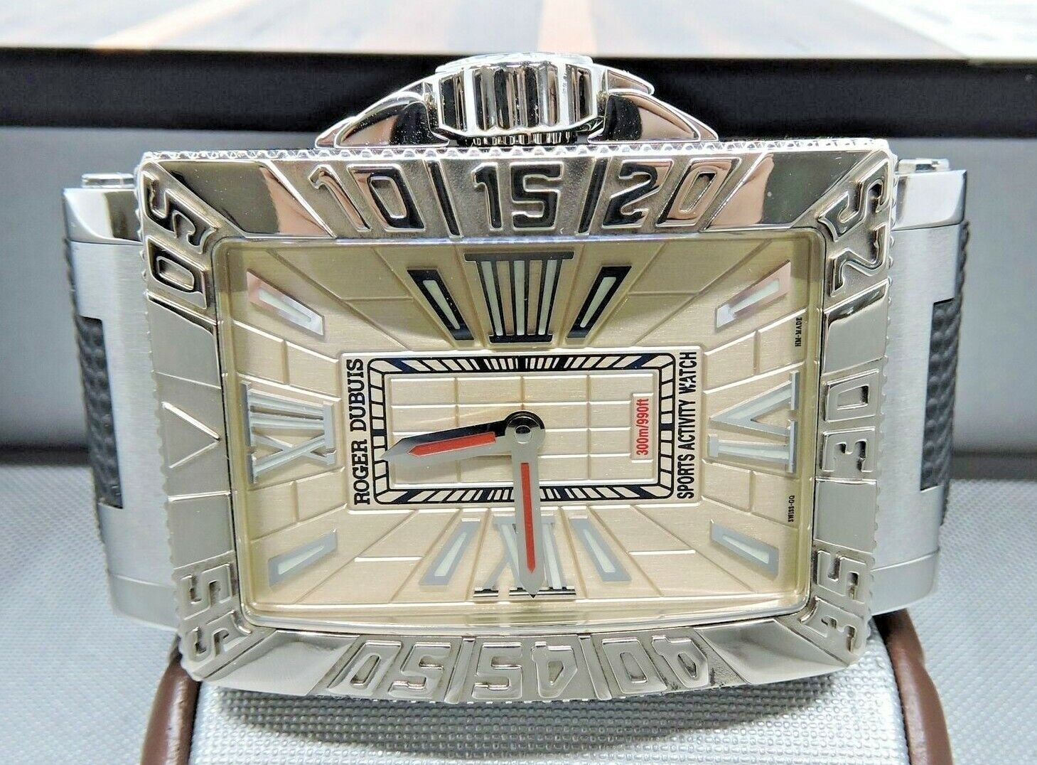 Roger Dubuis SeaMore RD Sport Activity MS34 21 9 3.53 White 18K  RETAILS FOR 20K - watch picture 1