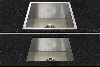 The 'lip' on the kitchen sink can sit above (overmount) or below (undermount) of the benchtop