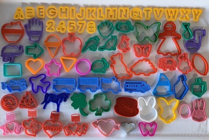 Vintage Huge 75 Lot Plastic Cookie Cutters Misc Easter Tupperware Train Wilton