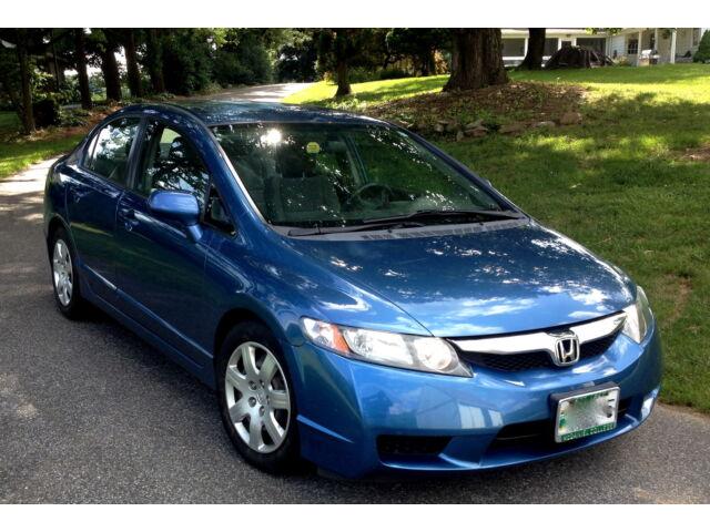 Image 1 of Honda: Civic 4dr Auto…