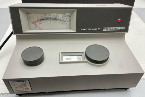 Milton Roy Company Spectronic 21 (MV) Spectrophotometer #332242 115v 0.7a