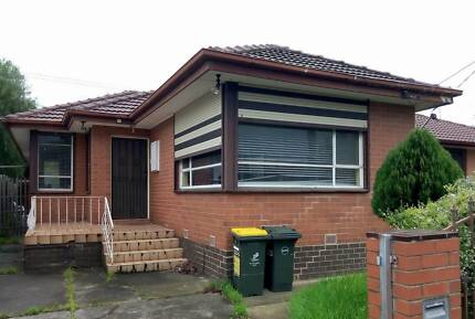 Queer Gay Sharehouse Room 4 Rent Abbotsford Richmond