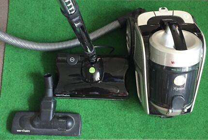 Wertheim Bagless Vacuum X3000