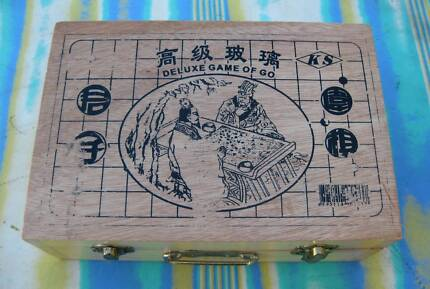 DELUX GAME OF GO - STRATEGY GAME - UNUSED CONDITION GENERALLY*