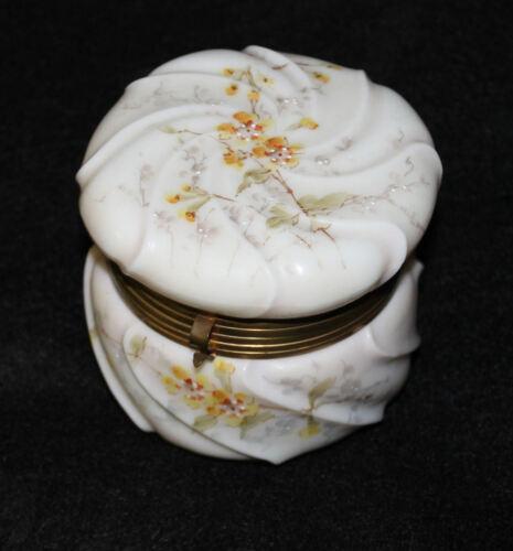 Antique Wave Crest Hinged Dresser Box with Silk Liner Wavecrest