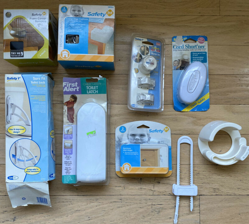 LOT Baby Proofing Bundle Wall Straps Cabinet Locks Toilet Latch Corner Cushion++