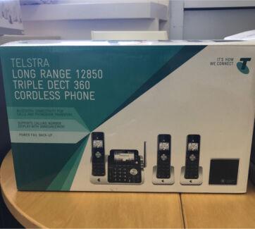 Telstra Long Range 12850 cold less Phone