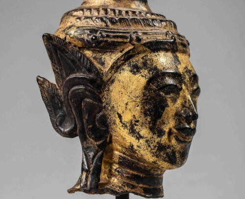 Dry lacquered and gilded Burmese bust of Buddha - 18th cent.