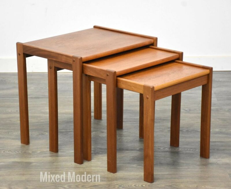 Danish Teak Mid Century Modern Nesting Side Tables- set of 3