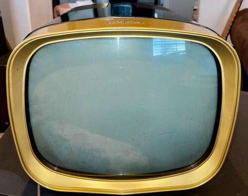 1958 RCA VICTOR MODEL 14PT9012 RETRO/VINTAGE T.V./TELEVISION