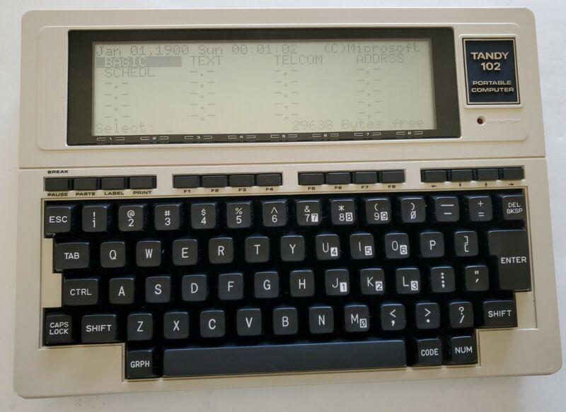 Vintage TANDY 102, Portable Computer - Uses 4AA